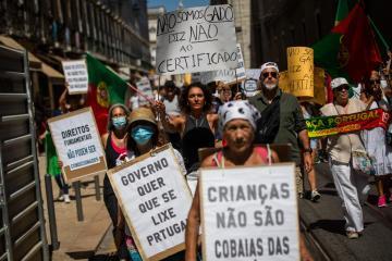 Photo Story – Demonstration 'Wake up Portugal'