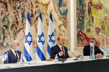 Israeli PM moves to play down defence chief's talks with Palestinian leader