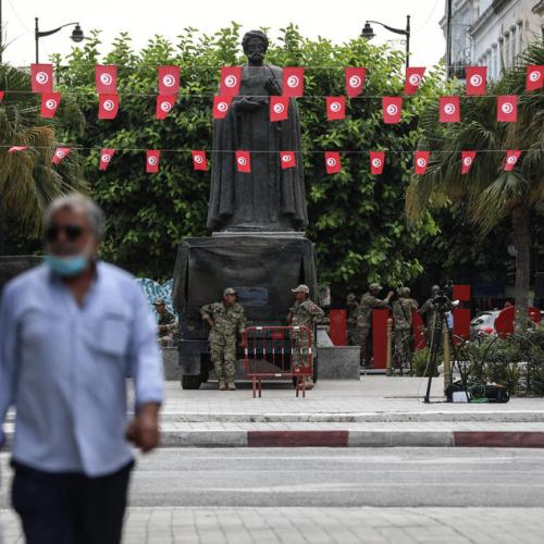 Tunisia's main party, Ennahda, calls for dialogue to end crisis
