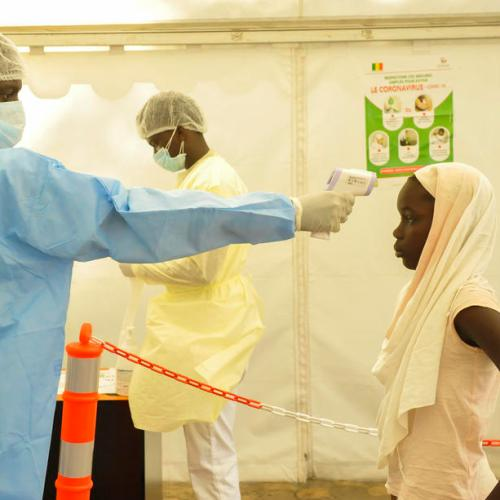 Senegalese doctors, cemetery workers battle COVID-19 surge