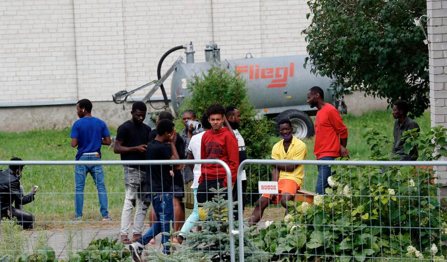 3,800 migrants cross border from Belarus to Lithuania
