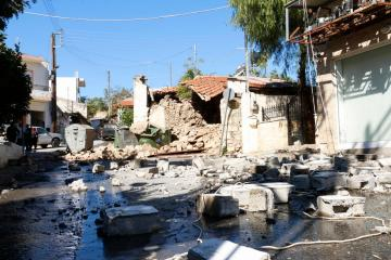 UPDATED: Strong quake hits Greece's biggest island of Crete, one person killed