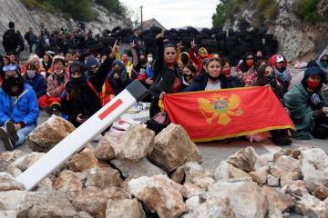 Dozens injured in anti-Serbian protests in Montenegro