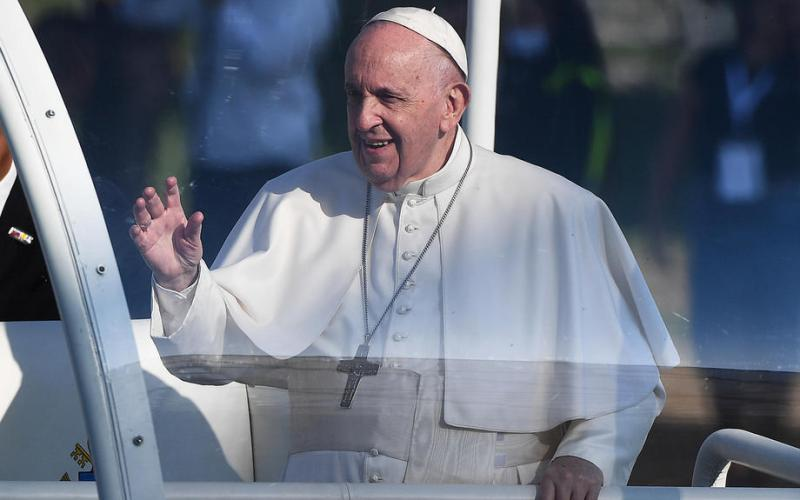 Pope Francis wraps up trip to Hungary and Slovakia