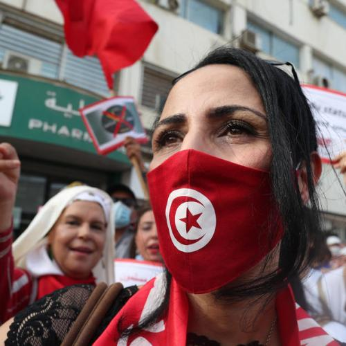 Tunisians protest over president's seizure of powers