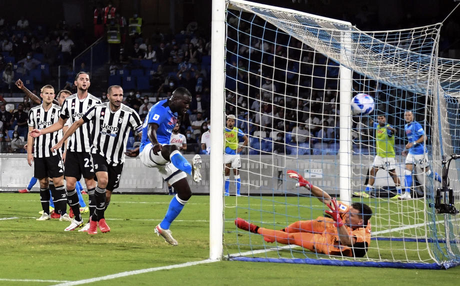 Juventus' dreadful start continues as Napoli claim comeback win