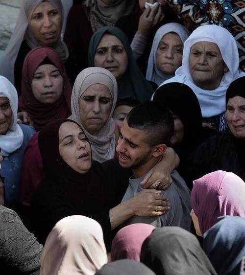 Israeli troops kill five Hamas gunmen in West Bank raids: military