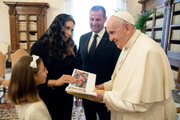 Photo Story – Pope Francis receives Prime Minister of Malta