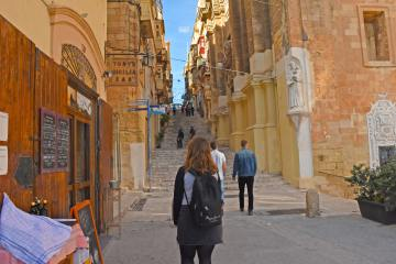 Malta records third largest drop in new residence permits in 2020