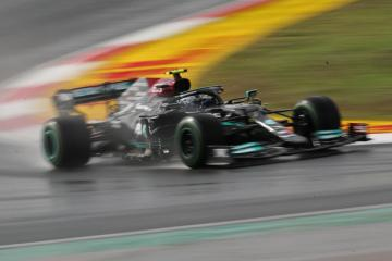 Hamilton qualifies quickest but Bottas takes pole