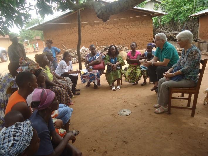 Visite des groupements de femmes à Ayomi (DOGBO) 2