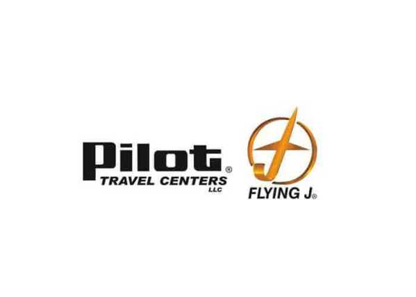 """Pilot Flying J Honors Three Professional Drivers With """"Road Warrior"""" Award"""