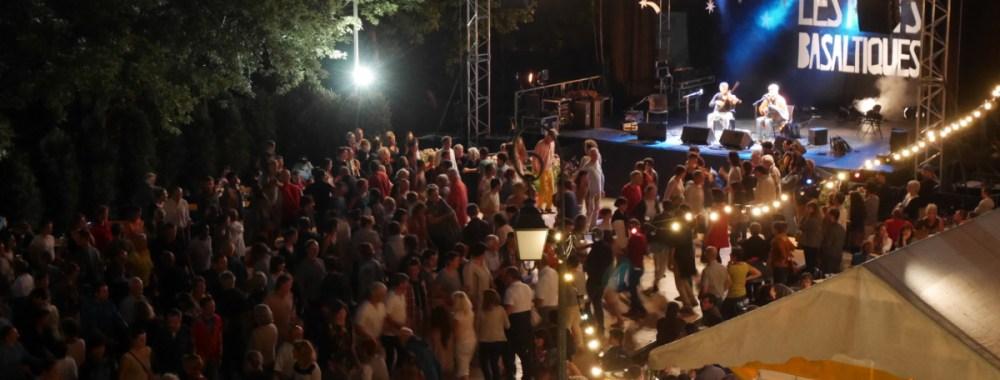 Les Bals place Cadelade au Puy-en-Velay !