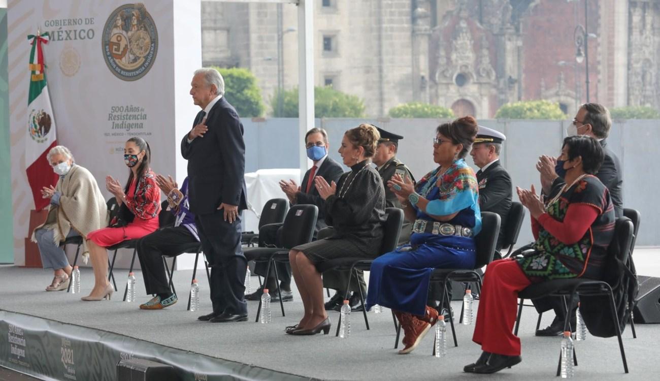 Llama Lopez Obrador a erradicar racismo clasismo y discriminacion a 500 anos de caida de la Gran Tenochtitlan