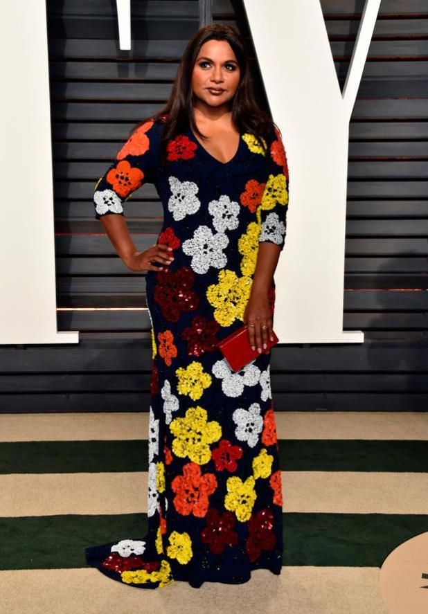 Actor Mindy Kaling attends the 2017 Vanity Fair Oscar Party hosted by Graydon Carter at Wallis Annenberg Center for the Performing Arts on February 26, 2017 in Beverly Hills, California. (Photo by Pascal Le Segretain/Getty Images)