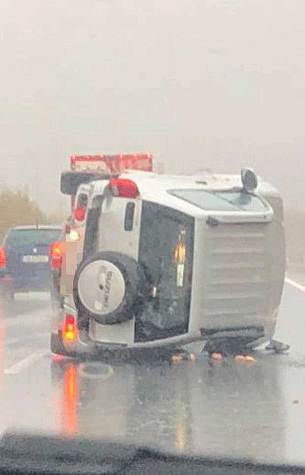 A jeep overturned on the N11on Friday. Pic: Amy Molloy Independent.ie