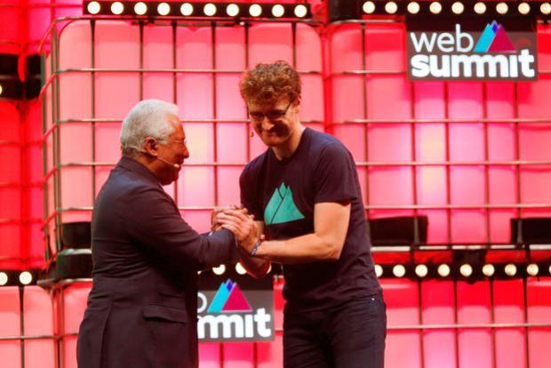 Web Summit's co-founder Paddy Cosgrave greets Portugal's Prime Minister Antonio Costa during the inauguration of Web Summit, Europe's biggest tech conference, in Lisbon, Portugal, November 5, 2018. REUTERS/Pedro Nunes