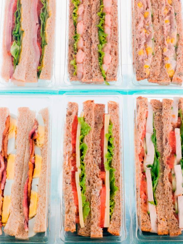 It can live and grow in a wide range of foods, in particular refrigerated ready meals such as packaged rolls, butter, cold cuts, smoked salmon, some soft cheeses and patés.