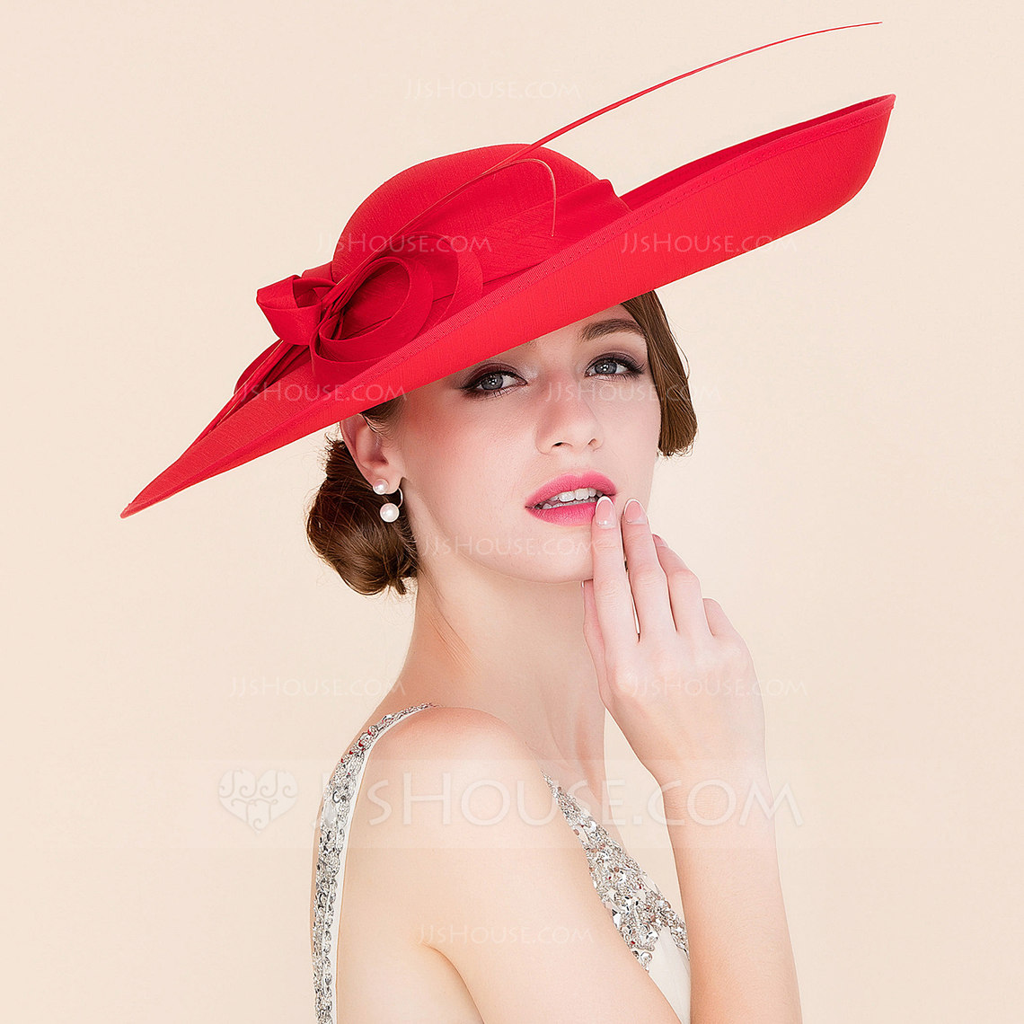 Ladies Elegant Cambric With Bowknot BowlerCloche Hat