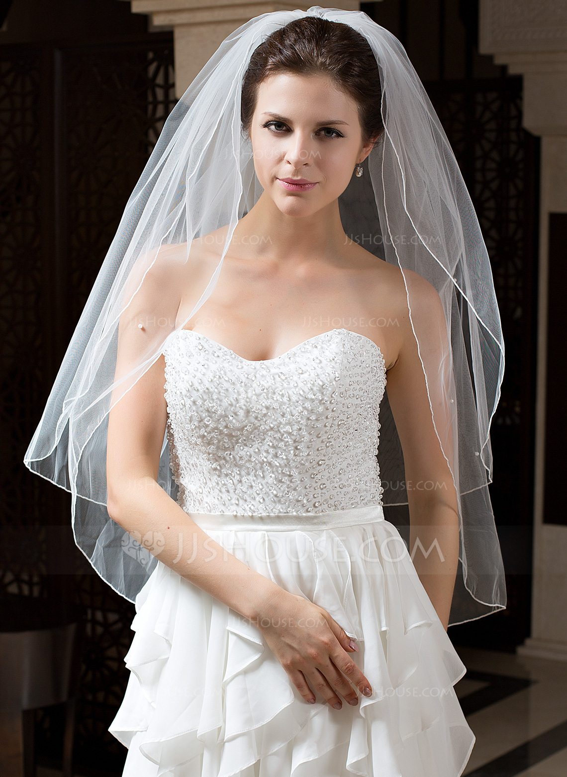 Two Tier Waltz Bridal Veils With Pencil Edge 006035739
