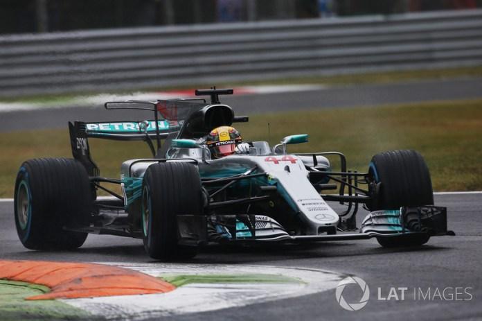 Hamilton supera la marca de poles de Schumacher