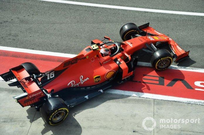 """Para Leclerc: """"Estamos apretados con el tiempo, te lo haré saber""""."""