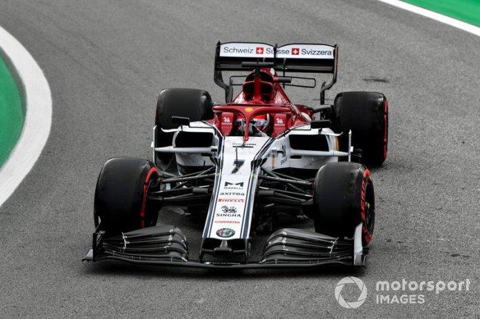 4º Kimi Raikkonen, Alfa Romeo Racing C38 1:33:24.130