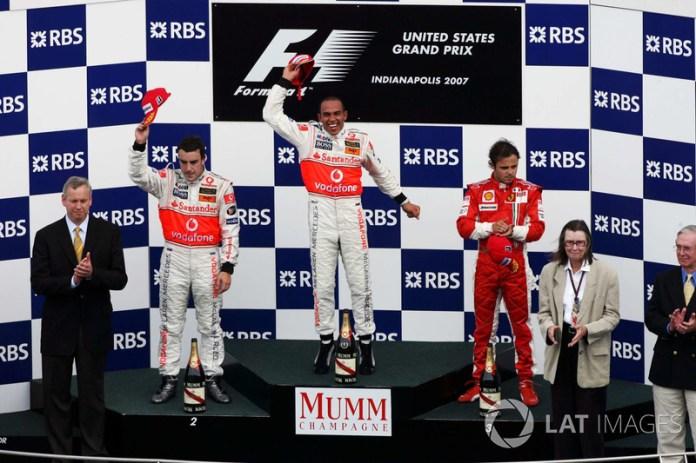 2- Lewis Hamilton, McLaren Mercedes, MP4-22