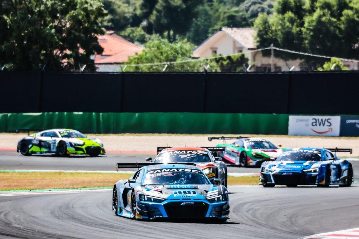 # 26 Sainteloc Racing Audi R8 LMS GT3: Aurelien Panis, Frederic Vervisch
