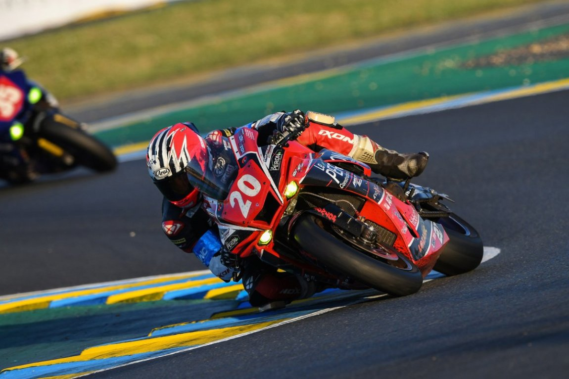 # 20 Moto Sport: Anthony Simon, Youenn Le Bras, Freddy Dubourg