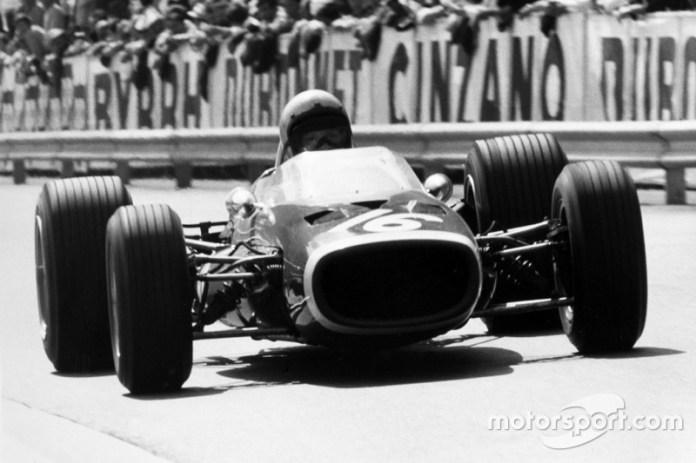 1967: McLaren-BRM M4B