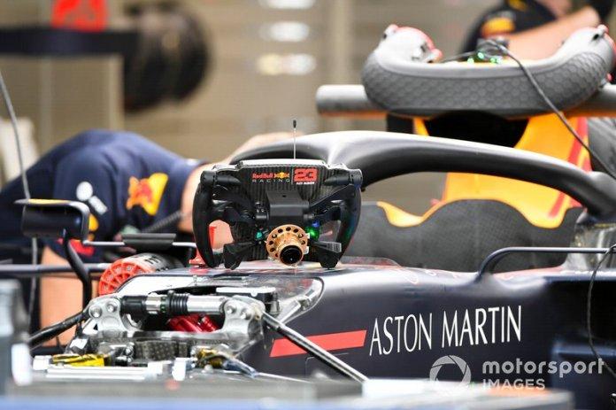 Suspensión delantera y volante del Red Bull Racing RB15
