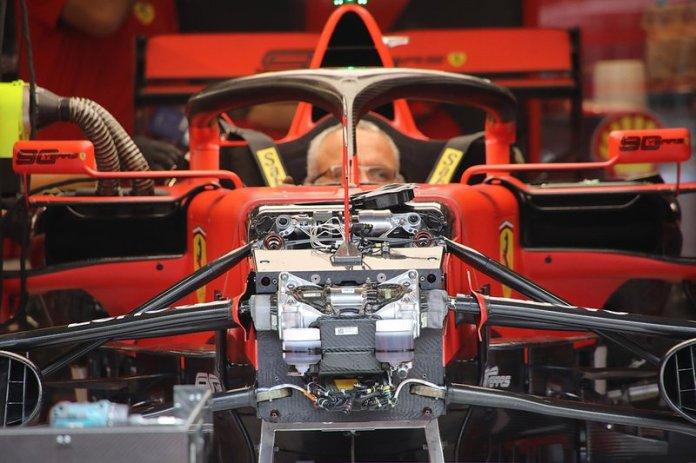 Detalle delantero del Ferrari SF90