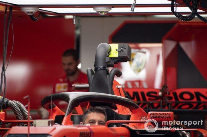 Cabina del Ferrari SF90
