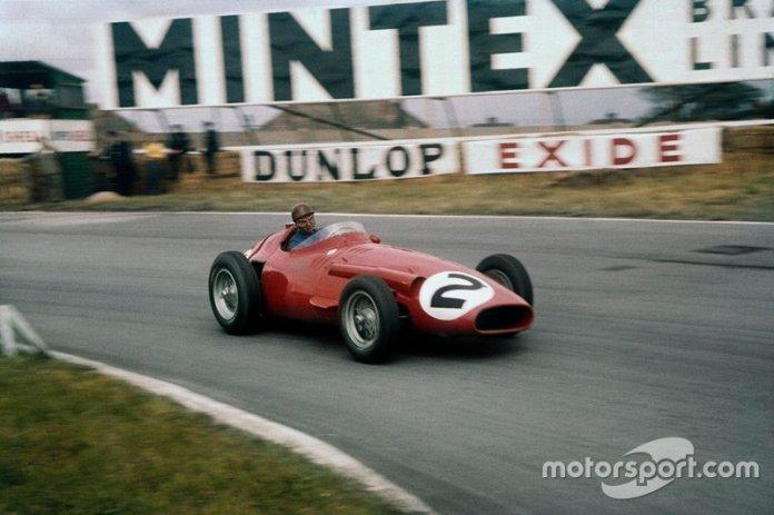 Juan Manuel Fangio, Maserati