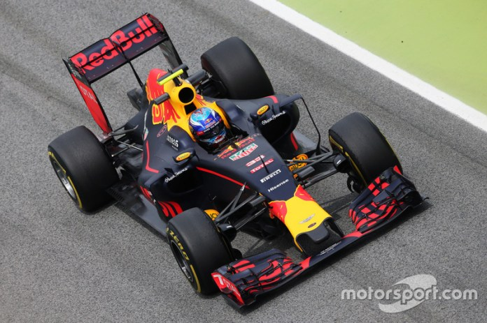 Red Bull RB12 - 2 victorias