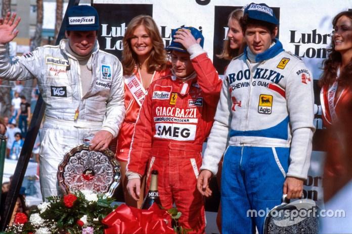 Podio: el ganador Gilles Villeneuve, el segundo Jody Scheckter y el tercero Alan Jones