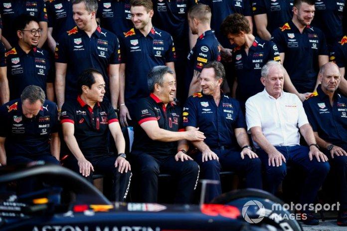 Toyoharu Tanabe, Director Técnico de F1, Honda, Masashi Yamamoto, Director General, Honda Motorsport, Christian Horner, Director de Equipo, Red Bull Racing, Helmut Marko, Consultor, Red Bull Racing y Adrian Newey, Director Técnico, Red Bull Racing