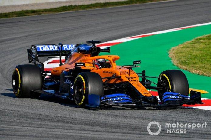 12º Carlos Sainz, McLaren MCL35: 1:17.842 (con neumáticos C3)