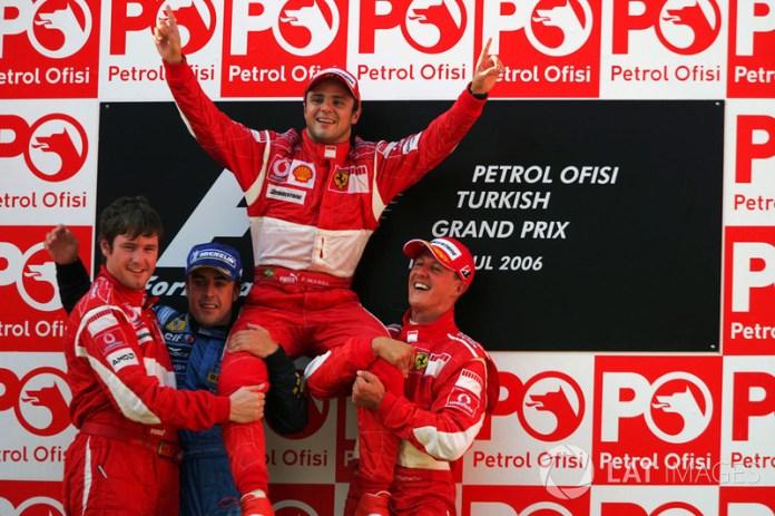 36- Fernando Alonso, 2º en el GP de Turquía 2006 con Renault