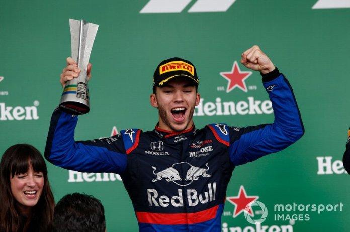 Poco antes de su despedida de la F1, Toro Rosso se dio el gusto de otro gran resultado con el segundo puesto de Gasly en el GP de Brasil de 2019 para cerrar su cuenta personal con tres podios en la máxima categoría.