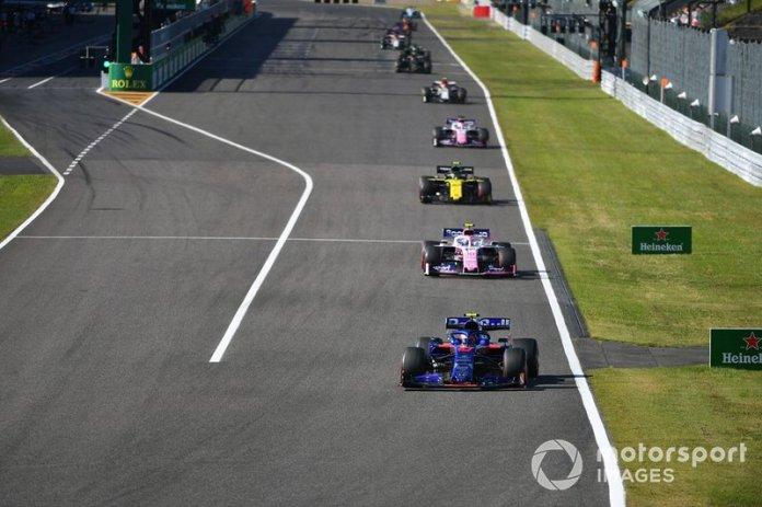 Pierre Gasly, Toro Rosso STR14, Lance Stroll, Racing Point RP19, Nico Hulkenberg, Renault F1 Team R.S. 19, y Sergio Perez, Racing Point RP19
