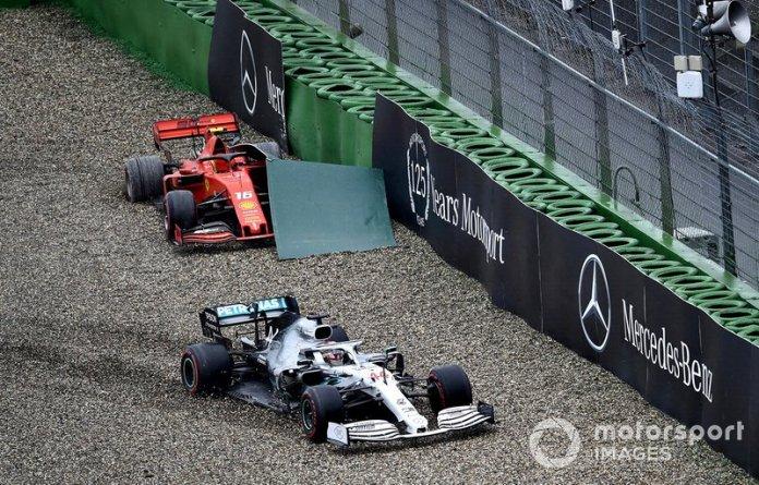 Choque de Lewis Hamilton, Mercedes AMG F1 W10, en la grava en la misma curva en la que Charles Leclerc, Ferrari SF90, terminó su carrera