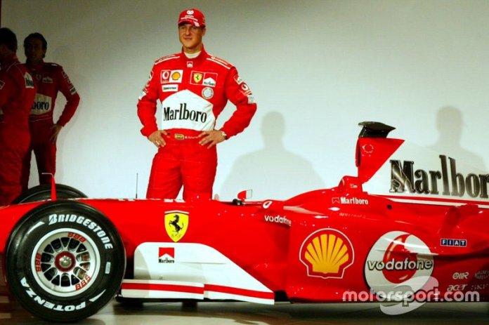 Michael Schumacher con el nuevo Ferrari F2004