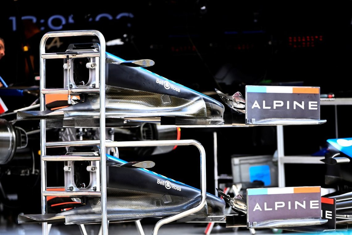 Alpine A521 nose and front wing detail