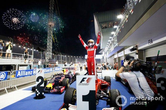 Singapur 2015: tercera victoria con Ferrari, primera desde la pole en rojo.