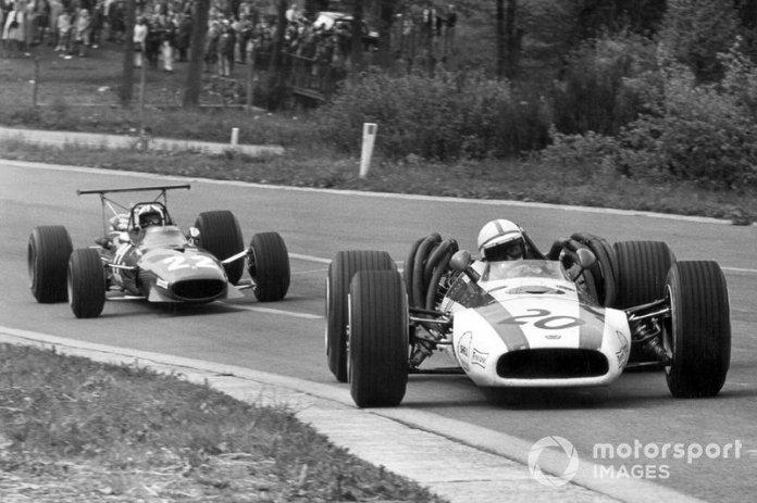 =47: John Surtees, 17