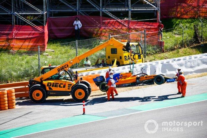 Coche de Lando Norris, McLaren MCL34, tras su accidente