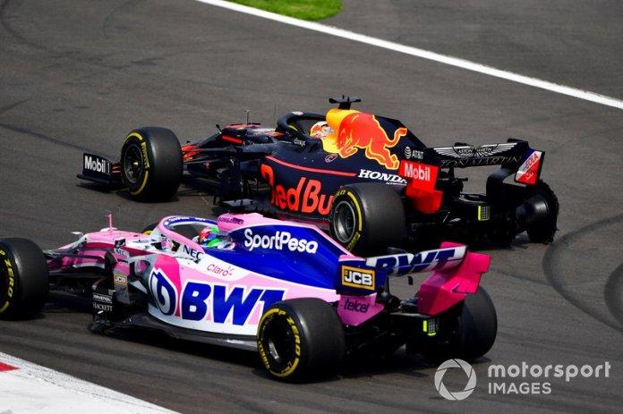 Sergio Pérez, Racing Point RP19, Max Verstappen, Red Bull Racing RB15, en la primera vuelta