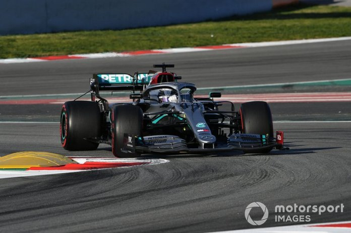 5º Lewis Hamilton, Mercedes F1 W11: 1:16.410 (con neumáticos C5)
